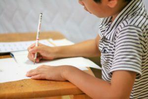 中学1年生の1学期、学習記録表による時間管理アドバイスを